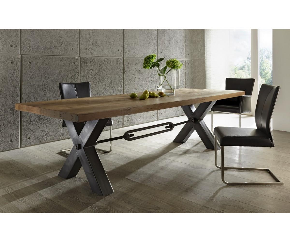 esstisch eiche massiv tisch im industriedesign gestell aus metall ma e 180 x 100 cm. Black Bedroom Furniture Sets. Home Design Ideas