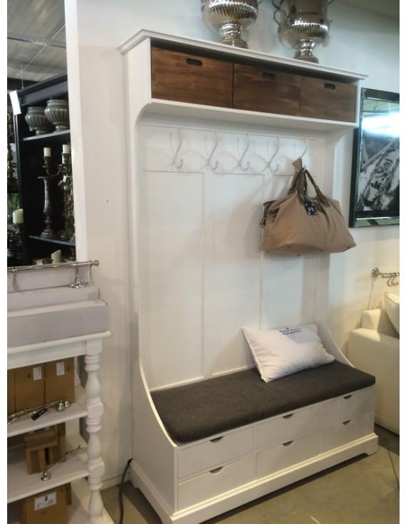 garderobe wei mit sitzbank landhaus garderobenschrank. Black Bedroom Furniture Sets. Home Design Ideas