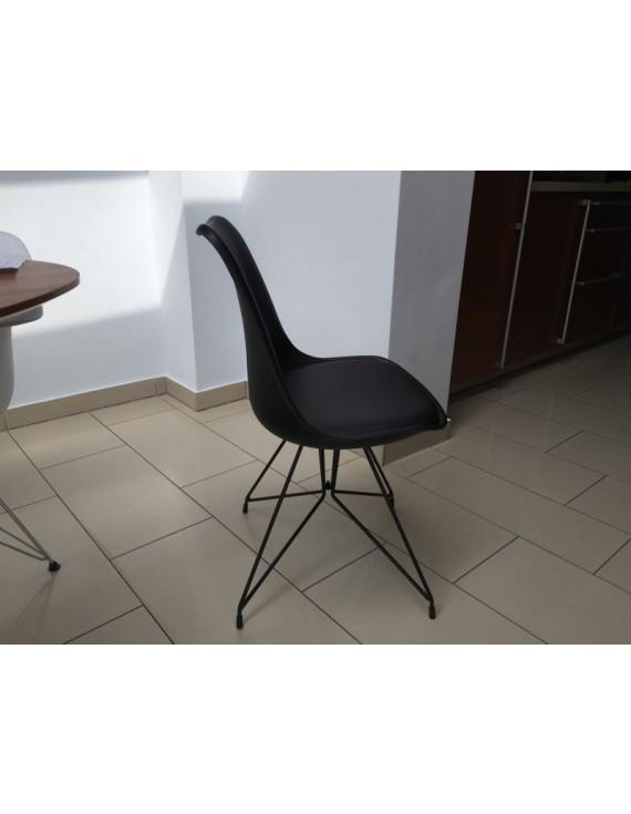 stuhl schwarz modern gepolstert stuhl gepolstert mit metallgestell schwarz. Black Bedroom Furniture Sets. Home Design Ideas