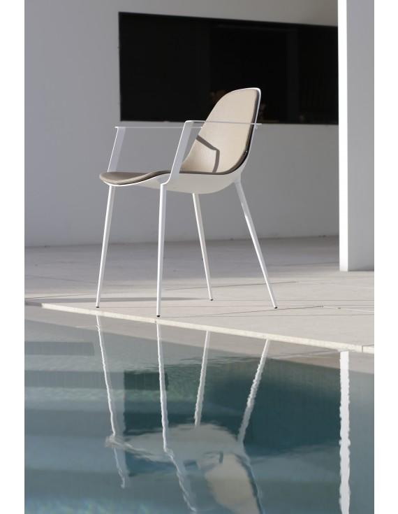 stuhl wei mit armlehne designstuhl aus aluminium gartenstuhl in und outdoor geeignet. Black Bedroom Furniture Sets. Home Design Ideas