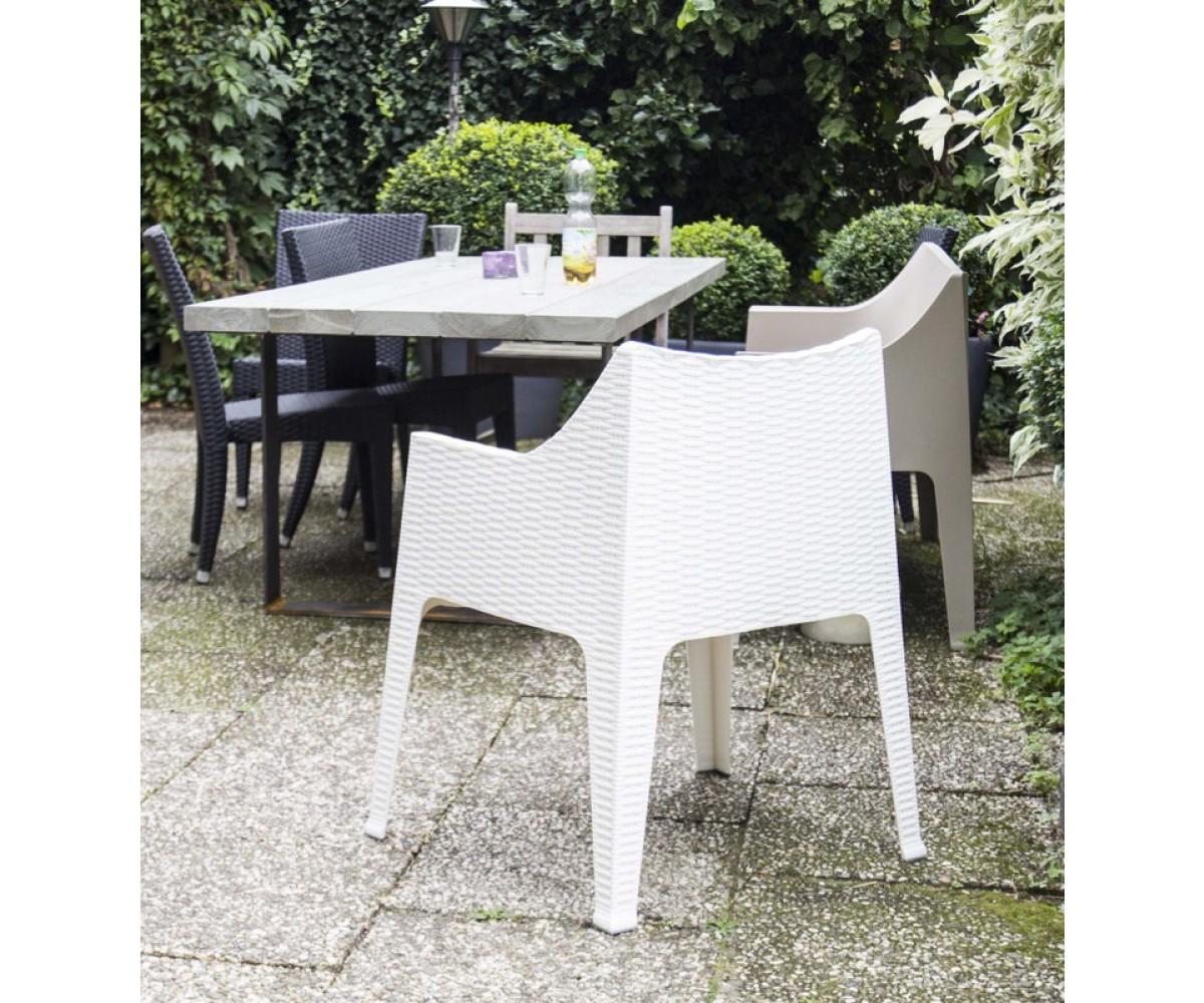 outdoor stuhl wei mit armlehne gartenstuhl wei aus kunststoff mit armlehne. Black Bedroom Furniture Sets. Home Design Ideas