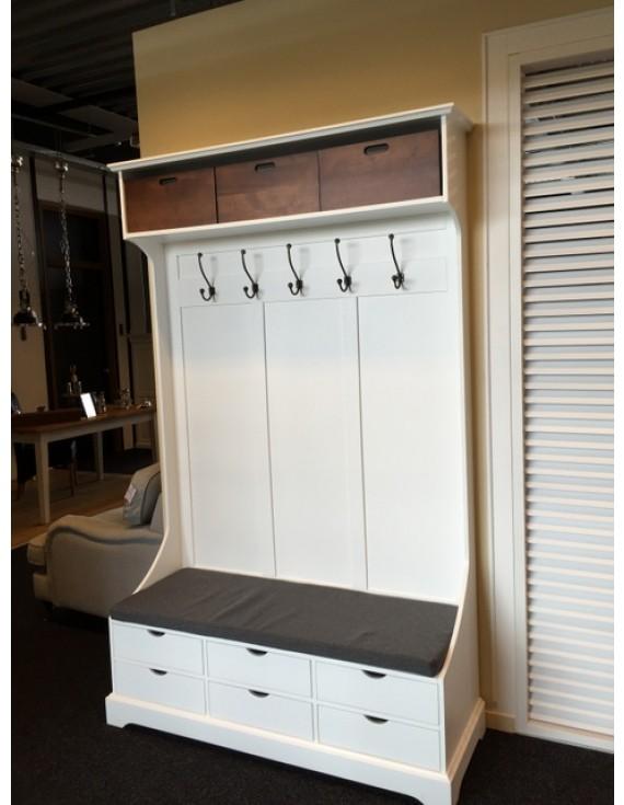 garderobe wei garderobe mit sitzbank garderobenschrank. Black Bedroom Furniture Sets. Home Design Ideas