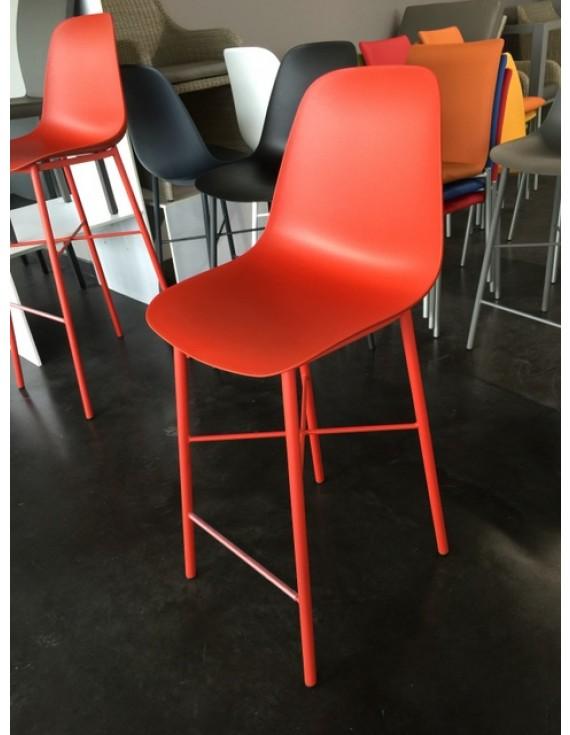 barstuhl rot barstuhl in 8 farben sitzh he 65 cm. Black Bedroom Furniture Sets. Home Design Ideas