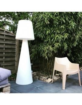 Gartenleuchte weiß, Stehleuchte aus Kunststoff, Outdoor Stehlampe weiß Lampenschirm in verschiedenen Farben, Höhe 200 cm