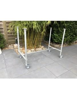Bartisch-Gestell Rohrgestell Metall, Tischgestell auf Rollen Industriedesign, Maße 140 x 40 cm
