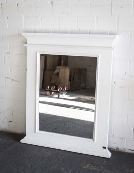 Spiegel weiß im Landhausstil, Wandspiegel weiß Massivholz, Maße 93 x 110 cm